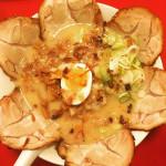 熊本県グルメ【馬刺しと熊本ラーメン】本場の味を楽しむ!食レポート