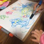 【1・2歳児〜にオススメのお絵描きグッズ】絵を描こう!